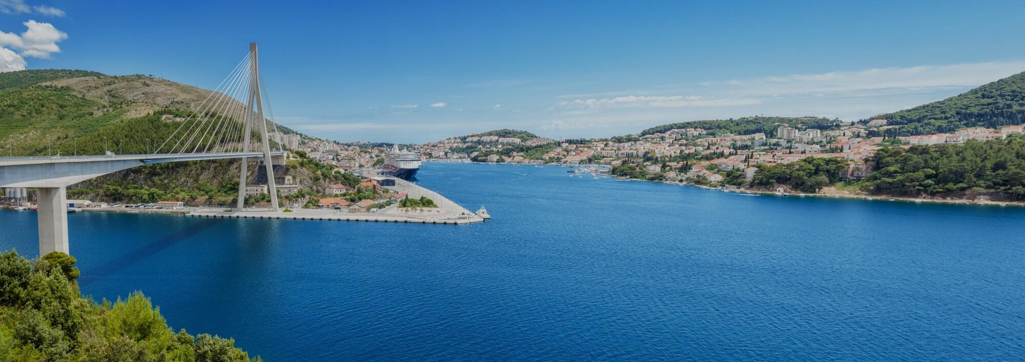 panoramic view tudman bridge