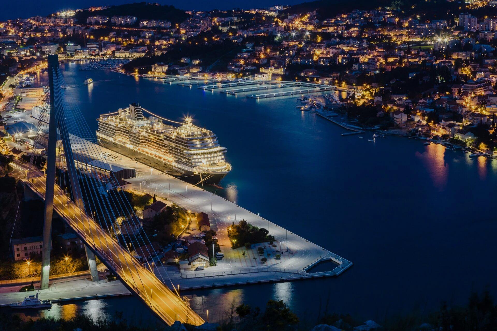 port dubrovnik at night
